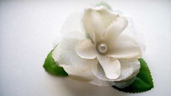 SALE White Flower Hair Clip Flower With Leaves Clip Faux Pearl Bead Accent Creams and White Tones Tulle Adults Teen Hair Hat Purse Clothing