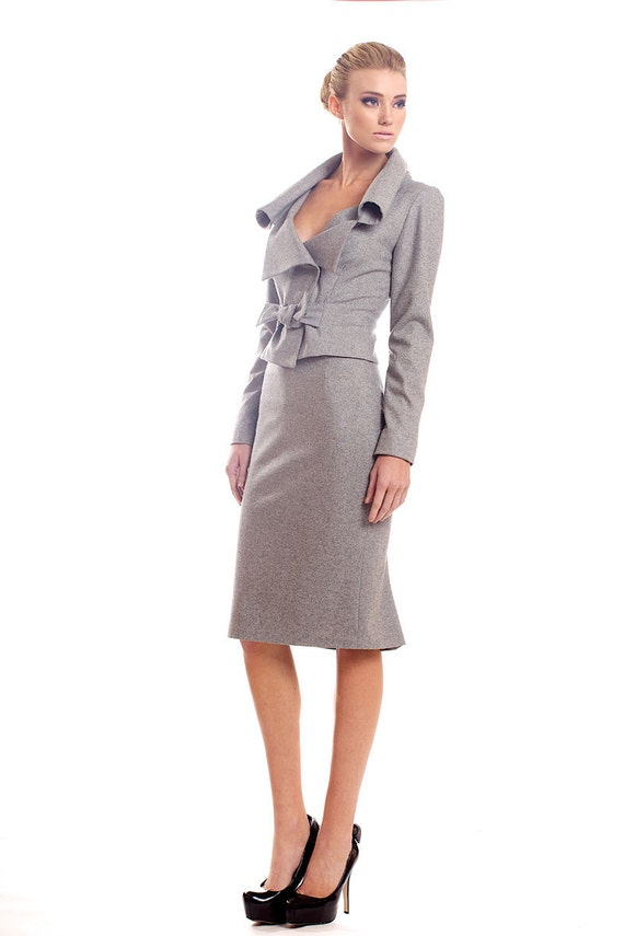 Light gray wool blend stretch tweed suit