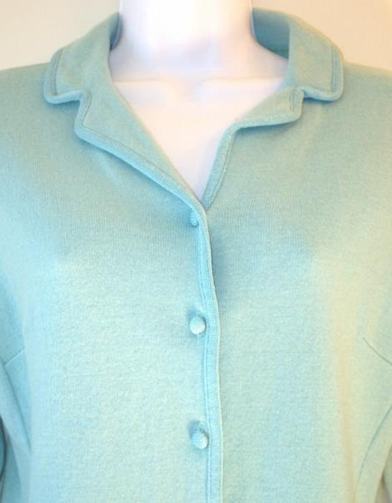Vintage 1950s Baby Blue Ladies Button Up Sweater