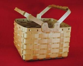 Maple market basket