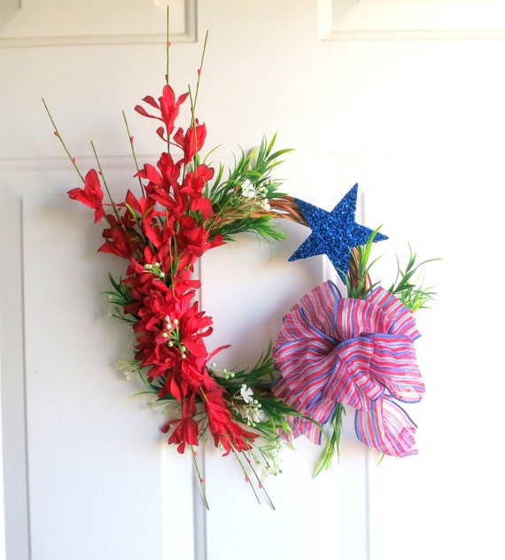 CLEARANCE - Spring Wreath - Summer Wreath - Mini Wreath - Red, White and Blue Wreath - Patriotic Wreath - 4th of July Wreath