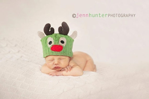Reindeer Upcycle Sweater Hat Pattern includes 5 sizes PDF 11