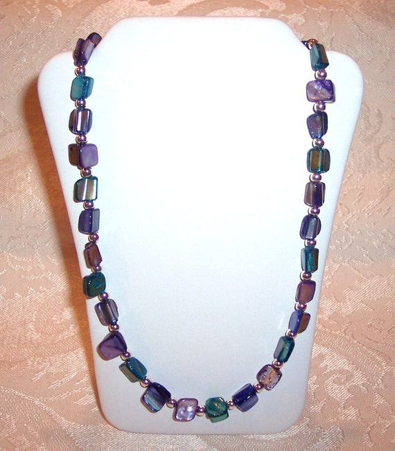 19 1/2 inch Aqua, Purple and Blue Mother of Pearl Necklace