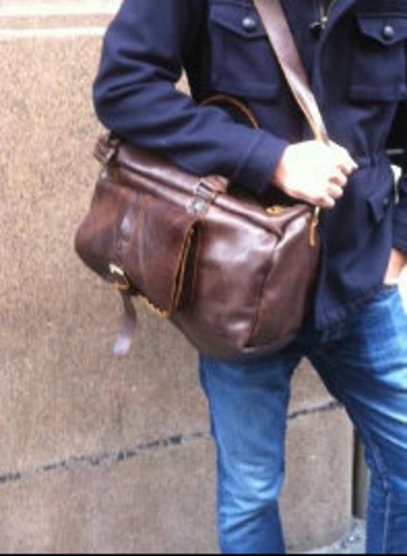 Weekend Travel bag, handmade and hand stitched in New York city by Nadirabag