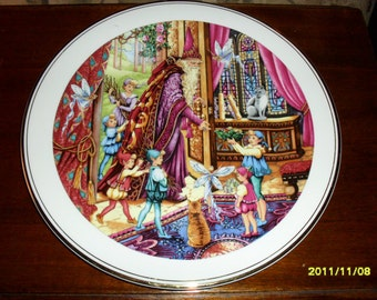 Royal Doulton Collector Gallery Spellbinder Plate