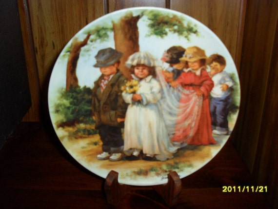 """Jeanne Down's """"Here Comes the Bride"""" Collector Plate"""