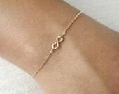 Hammered Gold Filled or Sterling Infinity Bracelet - Infinity Bracelet - Everyday Bracelet - Bridesmaid Bracelet