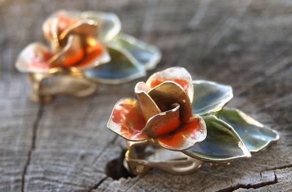 Vintage 40s Shabby Chic Orange Rose Clip On Earrings