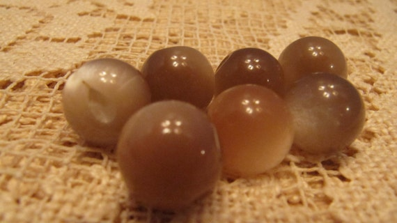 Awesome Vintage Spherical Honey Onyx Look Colored Buttons