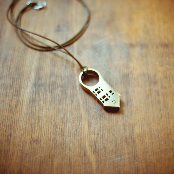 San Fran House Ring Necklace