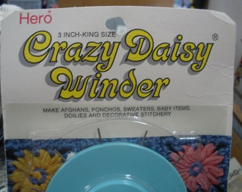 Handy Vintage Crazy Daisy Winder 2 inch rear size by scovill Hero in original package with instruction.
