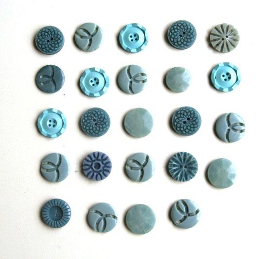 Vintage aqua buttones