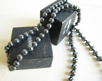 Vintage Hematite Necklace with graduated beads