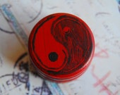 Wood Ring Box, red yin/yang