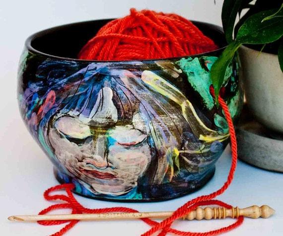 Yarn Bowl with sleeping beauty in black clay