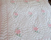 White / Pink Flowers Popcorn Vintage Chenille Bedspread Queen size