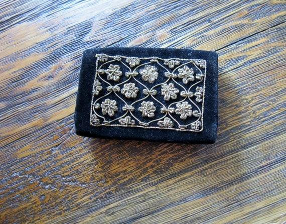 Black Velvet Ornate Coin Purse - Made in India 1970s