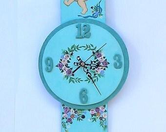 Wall Hanging Angels Clock