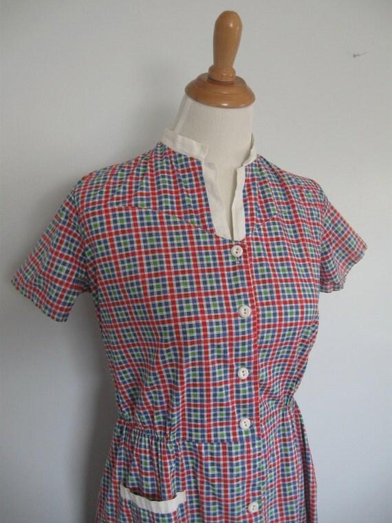 1940s housedress / the wash day windowpane dress