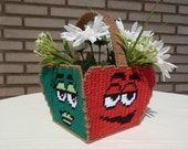 M&Ms Basket in Plastic Canvas