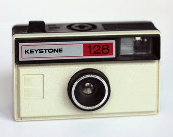 Vintage Keystone 128 Camera Point and Shoot Toy