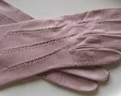 1950s Vintage Ladies Kid Leather Gloves Embellished Size 6 1/4 Pink