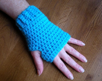 PATTERN:  Simple 'n Easy Fingerless Gloves, easy crochet PDF, wrist warmers, mittens, InStAnT DoWnLoAd, Permission to Sell