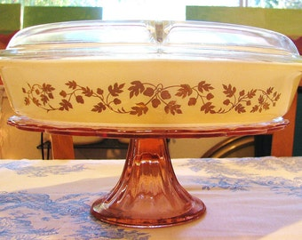 Pyrex Divided Casserole/Serving Dish with Cover  'Gold Acorn' Pattern