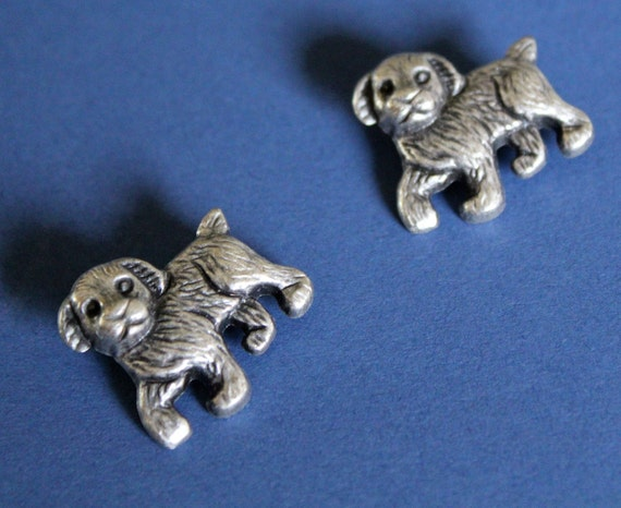 Pewter doggie buttons