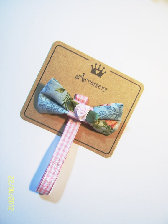 Baby Pacifier Ribbon Brooch. Pacifier or Dummy Strap is also a pretty brooch. Baby will never lose her Pacifier again.