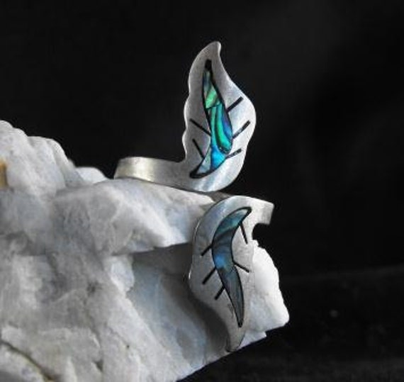 RESERVED For Circex: Vintage Ring Mexico Abalone Inlay Leaf Motif Alpaca Silver Mixed Metals Signed Mexico
