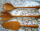 Mid-Century Serving Set. 3 Piece. Butterscotch.