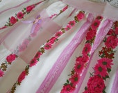 Reserved for Berit   Vintage Pocket Apron /New/1960s Rose Floral /Pink Kitchen