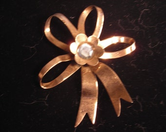 Sterling by Jordan Broach Ribbon and Flower Pin with Light Blue Stone Center