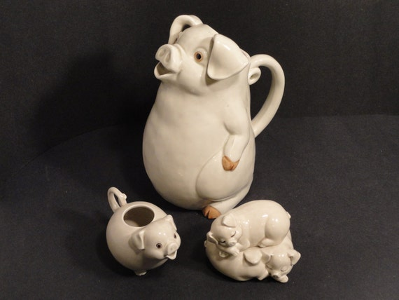 Vintage 1977 Fitz and Floyd PORKY Pitcher with Pigs in a Poke Sugar and Creamer Off White
