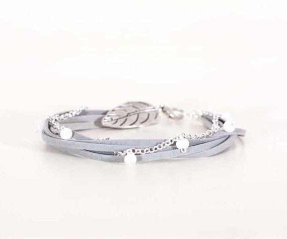 Bracelet. Handmade. In a gift box. ooak