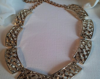 Vintage Jewelry Silver Tone Necklace