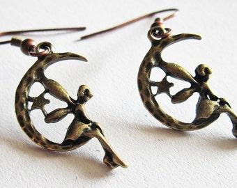 Fairy Earrings, Fairy Jewelry, Fairies Earrings, Fairies Jewelry, Vintage style, Antique Brass, Fairy on the moon earrings, Whimsical