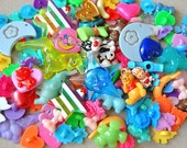 Decoden Charms Plastic Beads and Buttons Mix