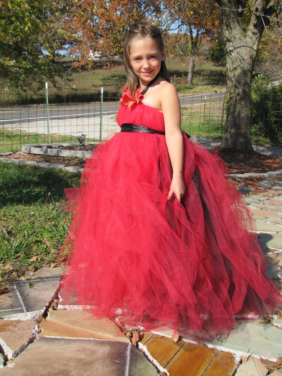 Girls tulle dress, flower girl dress, red and black dress