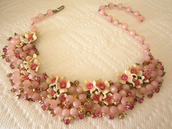 Vintage pink rhinestone and bead necklace