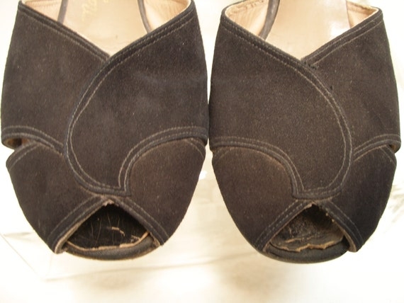 1940s Black Suede Peep Toe Sling Back Ankle Strap