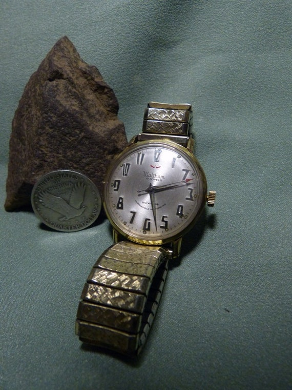 "Vintage 1950's ""Waltham"" Self-winding, Swiss Wristwatch."