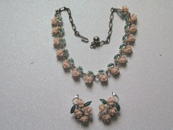 Vintage Pink Flower Necklace and Clip On Earring Set