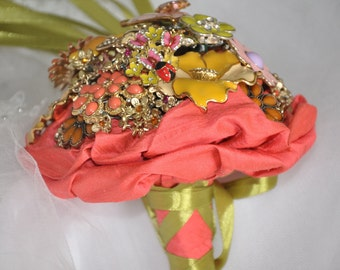 Brooch Bouquet of enamel brooches,