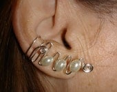 Earcuffs with pearl beads
