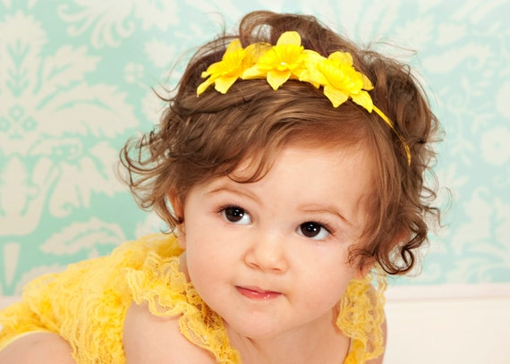 Sunny flower headband - yellow daffodil flowers, skinny elastic - baby, toddler, girl