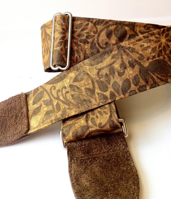 Guitar Strap Garden Vine Print with Suede Leather Ends and Nickel Plated Hardware