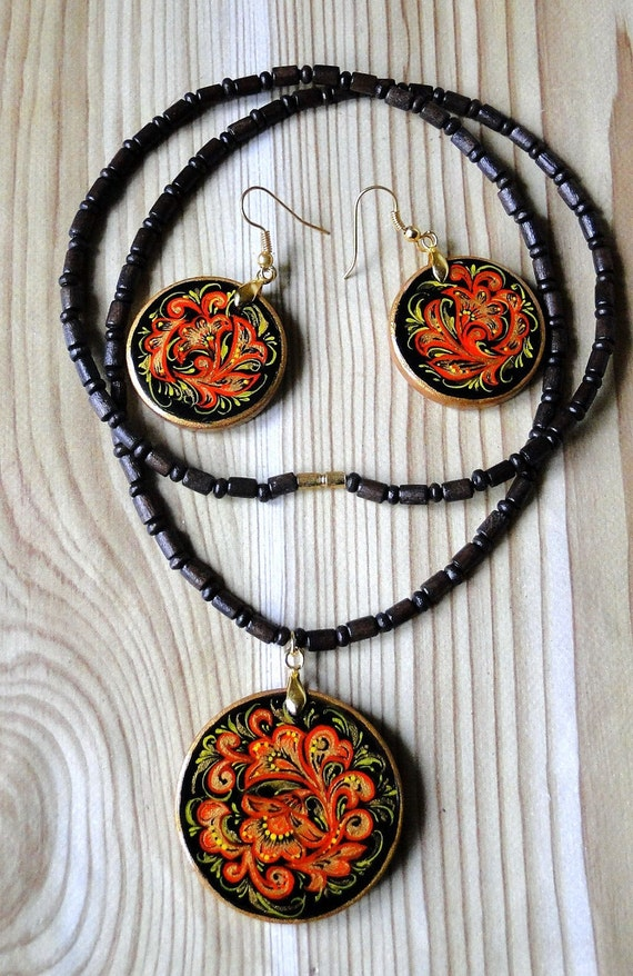Set of jewelry with the author's paintings in the style of Russian Khokhloma
