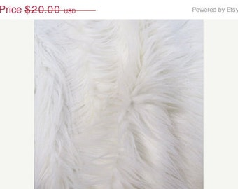 Half Yard White Monkey Shag Fur